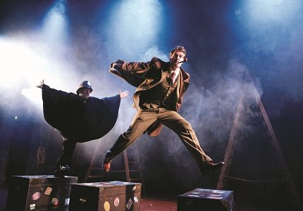 39 Steps - Production Shot - Chase on Train 2362x1360