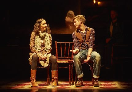 Official Theatre Zrinka Cvitesic (Girl) and Arthur Darvill (Guy) in Once photo by Brinkhoff Moêgenburg (2)