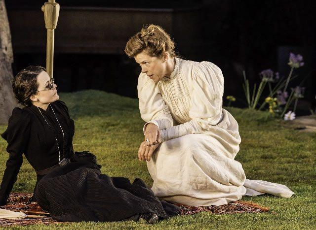 Lisa Diveney as Masha and Janie Dee as Irina Photo Johan Persson