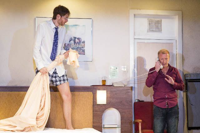 The Mentalists. Stephen Merchant as Ted and Steffan Rhodri as Morrie. Photo by Helen Maybanks (6)