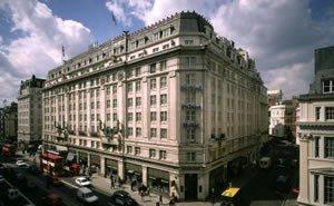 Strand Palace Hotel 0 1 Miles